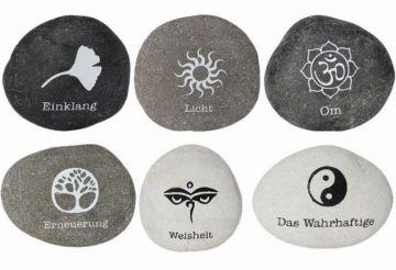 Botschaft-Stein Einklang