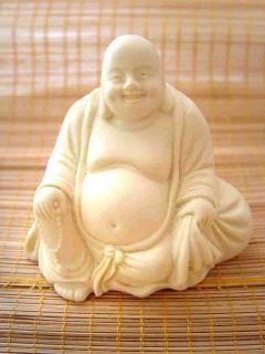 Buddha mittel sitzend